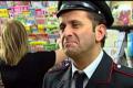 Uccio De Santis: barzellette sui carabinieri
